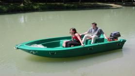 Rent a motorboat, 4/5 persons (4Hp) 1