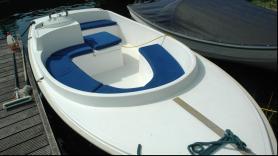 Sloep: Elektrisch, Fluisterboot vaartijd 8/9 uur, met kussens  3