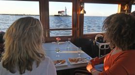 Take Away Boat Diner  1