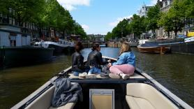 Amsterdam Exclusive Private Canal Limousines 2