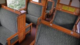 Book a medium-sized comfort compartment 2
