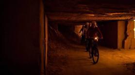 Mountainbiken door de grotten 3