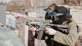 Covid-19 Airsoft skirm boven 27 3
