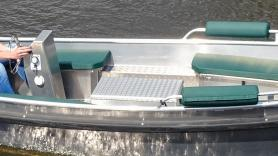rent an electric boat (sloop) 1