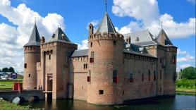 Amsterdam IJburg - Castle Muiderslot - 1.15 pm  1
