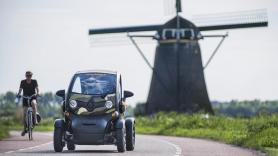 Countryside & Windmill GPS tour / 180 minutes / 1 Renault Twizy, suitable for 2 people / Coronaproof 1