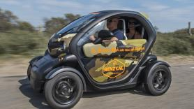 Dune & Beach GPS tour / 120 minutes / 1 Renault Twizy, suitable for 2 people 1