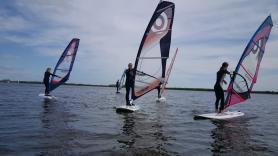 Groepslessen windsurfen 2